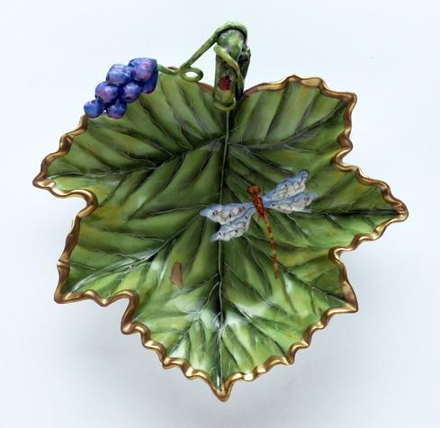 Accessory Dish With Grapes