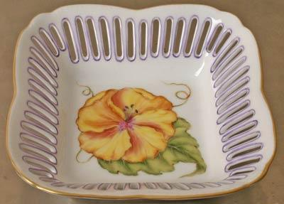 Small Square Dish Flower Yellow