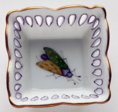 Small Square Dish Green/Yellow Bug