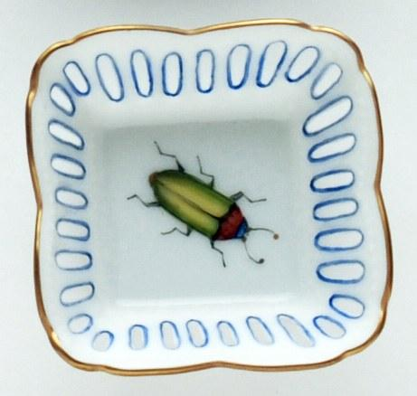 Small Square Dish Green Bug